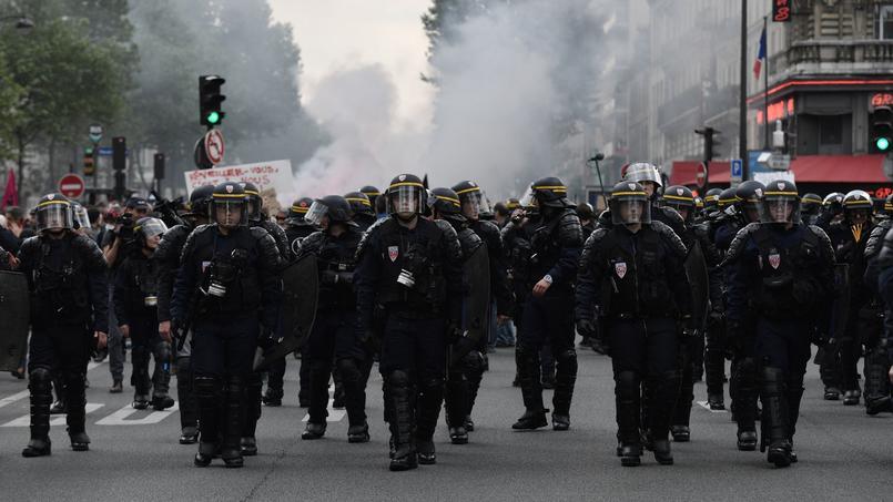 Depuis le début de la contestation contre la loi Travail, les CRS et gendarmes mobiles ont encadré quelque 1500 manifestations souvent violentes.