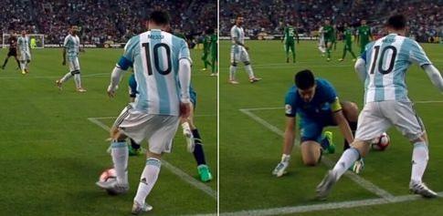 Lionel Messi a réalisé un petit pont sur le gardien de la Bolivie.