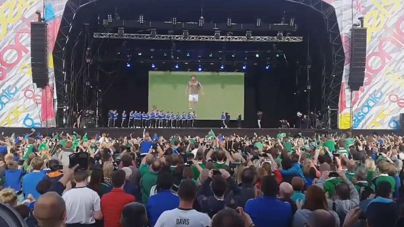 De retour en Irlande du Nord, Will Grigg a été accueilli comme un héros par les supporters
