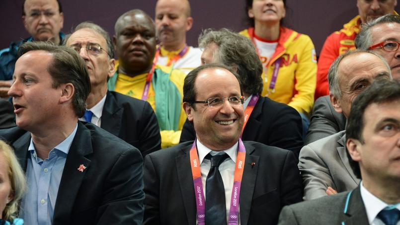 François Hollande aux côtés de David Cameron lors des JO de Londres en 2012.