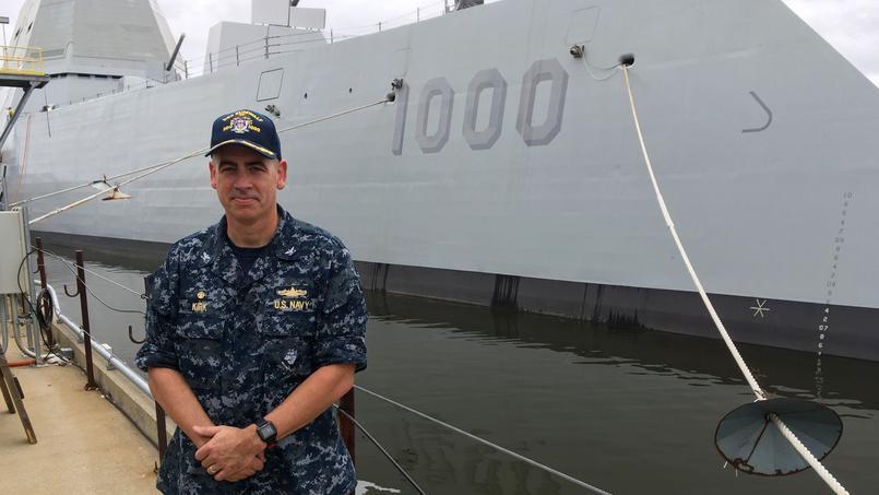 Le capitaine kirk aux commandes d 39 un nouveau navire de - Capitaine americain ...