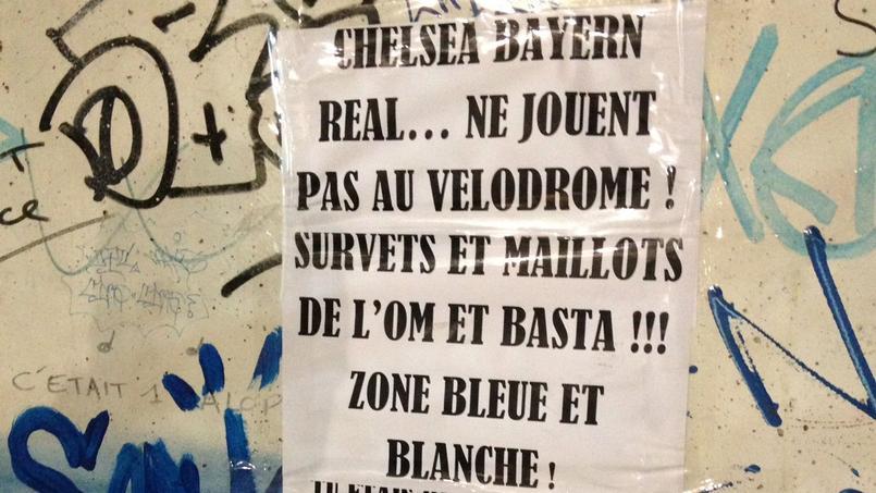 La première partie du message «anti-footix» visible dans les travées du Stade Vélodrome dimanche.