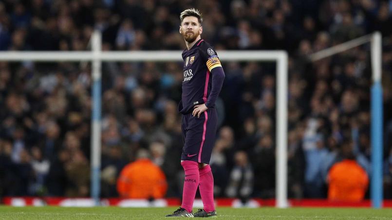 Soirée difficile mardi à Manchester pour Lionel Messi. Défait 3-1 sur le terrain, l'attaquant argentin a ensuite été insulté par ses adversaires dans le tunnel du stade.