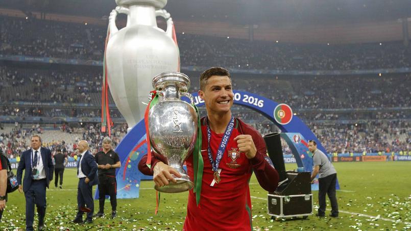 Cristiano Ronaldo a livré un émouvant discours à ses coéquipiers et membres du staff après la victoire du Portugal en finale de l'Euro.