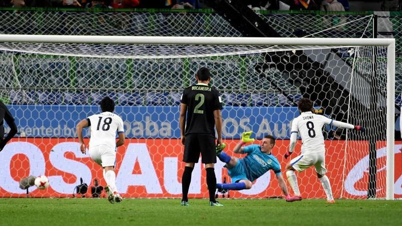 Shoma Doi est devenu le premier joueur à inscrire un penalty accordé par l'arbitrage vidéo lors d'une compétition de la FIFA.