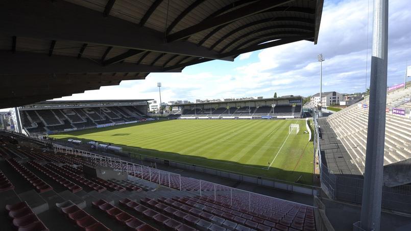 Le stade Jean-Bouin à Angers, prochainement le stade Raymond Kopa?