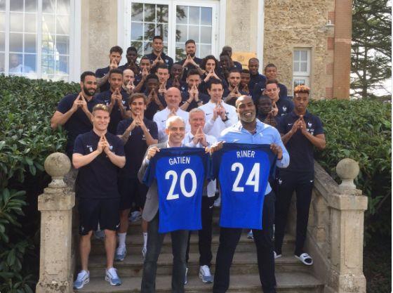 Les joueurs et le staff avec Teddy Riner et Jean-Philippe Gatien