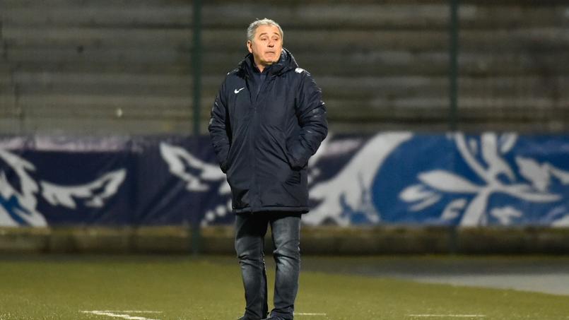 Michel Estevan sur le banc de Châteauroux pour la réception de Lorient le 31 janvier dernier