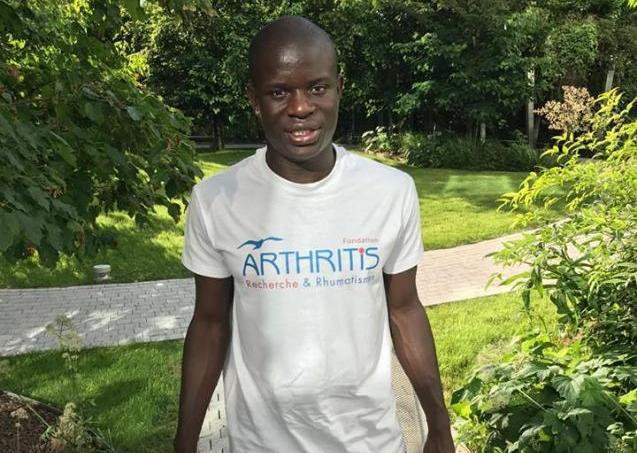 N'Golo Kanté s'est engagé auprès de la Fondation Arthritis sur un long projet.