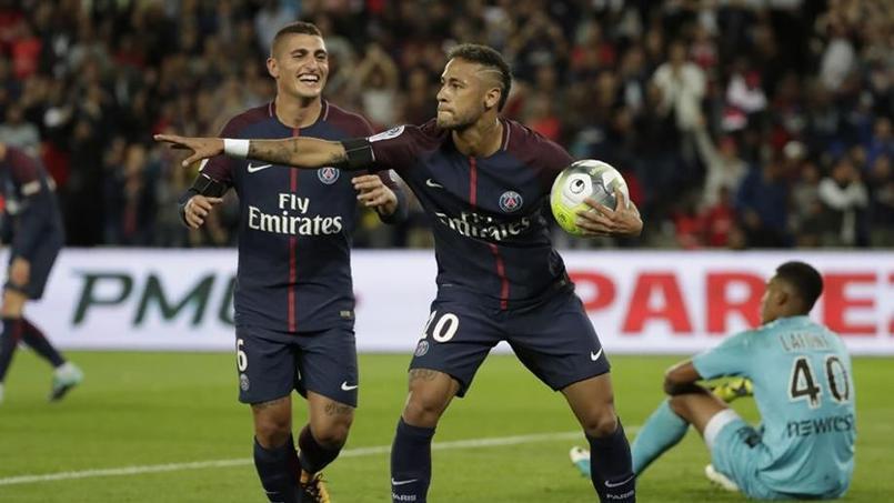 Neymar rend hommage à Matuidi avec la célébration «charo»