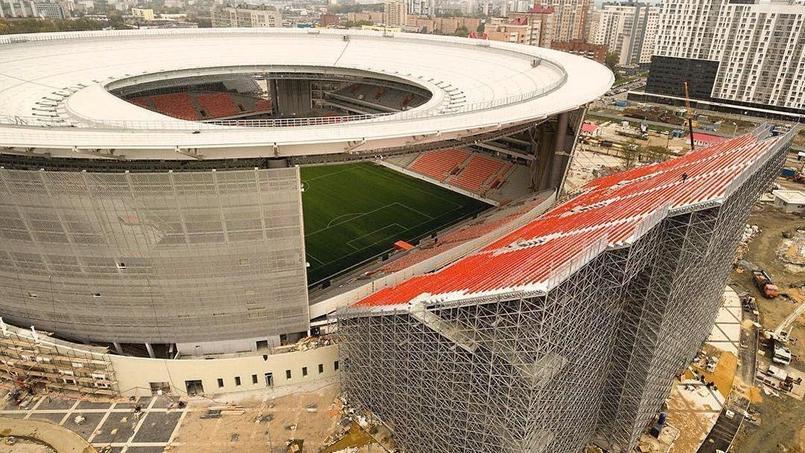 Deux tribunes temporaires ont été construites à Ekaterinbourg pour la Coupe du monde 2018.