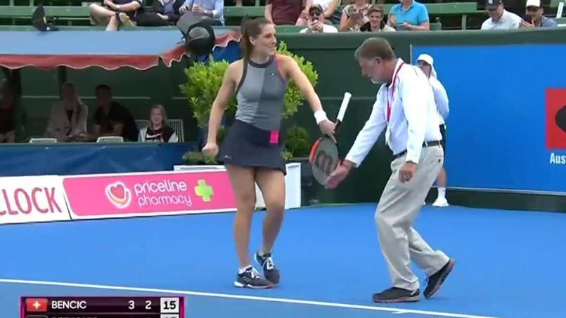 La danse endiablée d'Andrea Petkovic sur le court de tennis