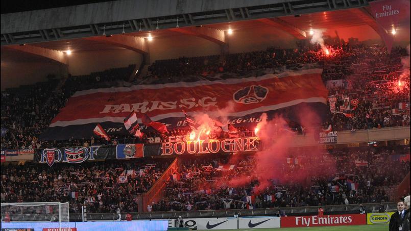 Le Kop of Boulogne pour PSG-Lyon en 2007.