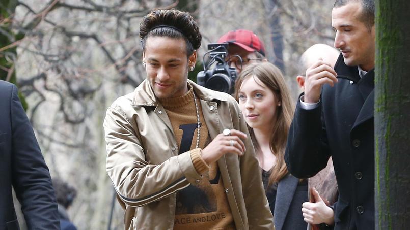 Neymar au défilé Louis Vuitton en janvier 2018.