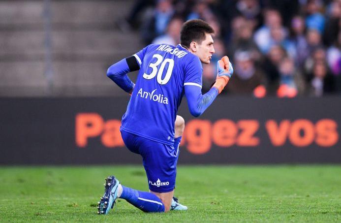 Pas d'hommage à Davide Astori en France, «un scandale» pour le gardien de Nantes