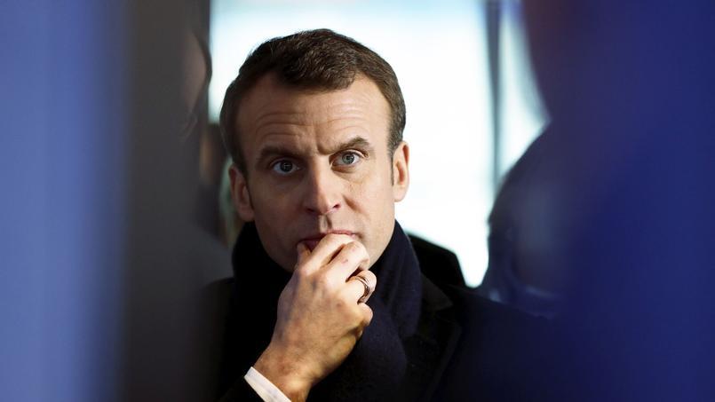 Réformes : Emmanuel Macron donne le tournis à ses adversaires