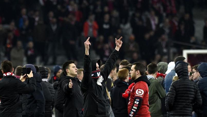 Les supporters lillois ont envahi le terrain le 10 mars derniers à la fin de la rencontre de Ligue 1 face à Montpellier.