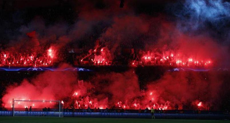 Fumigènes au Parc des Princes : l'UEFA clémente avec le PSG