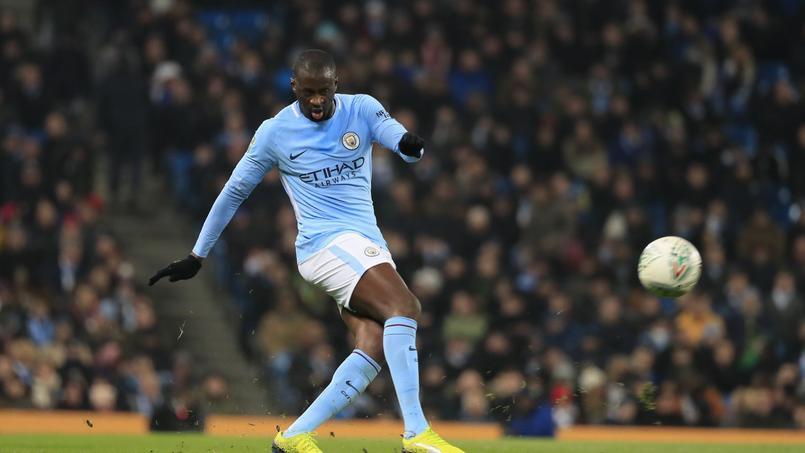 Yaya Touré accuse Guardiola d'avoir des problèmes avec les «joueurs de couleur»