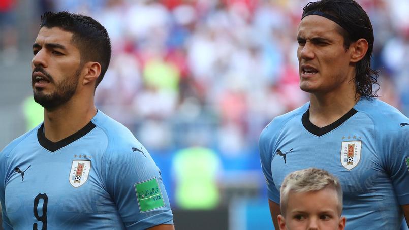 Pourquoi l Uruguay affiche 4 étoiles sur son maillot en n ayant gagné que  deux Coupes du Monde 84fe690fd832