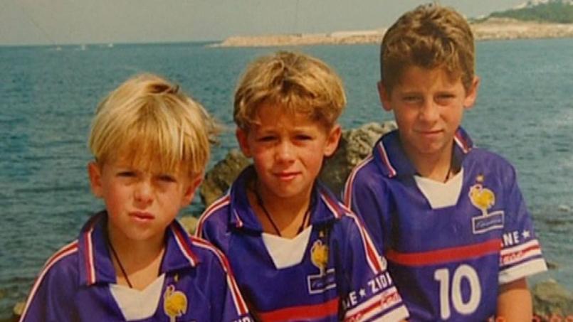 De gauche à droite sur la photo: Kylian, Thorgan et Eden Hazard.