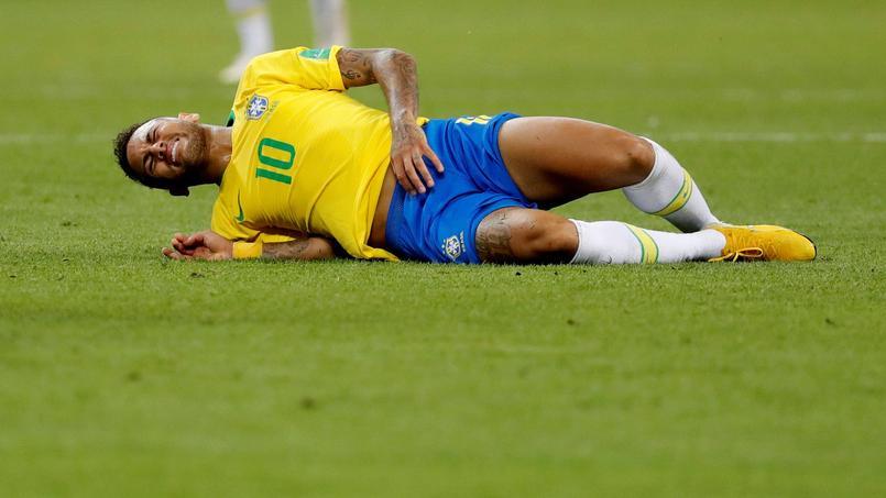 Coupe du monde 2018 : le «Neymar challenge», art de se rouler par terre, fait des émules
