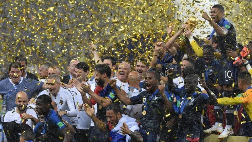L'équipe de France remporte la Coupe du monde 2018 en Russie.