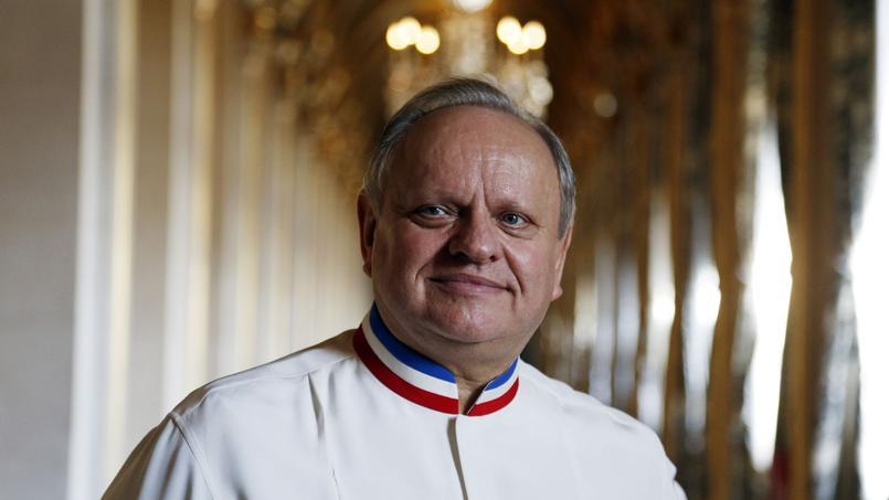 Joël Robuchon en 2016 à l'hôtel de ville de Paris.