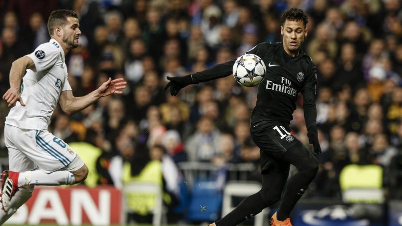 Le Paris Saint-Germain de Neymar (à droite) donnera le coup d'envoi de sa saison en Ligue des champions mardi, sur la pelouse de Liverpool.