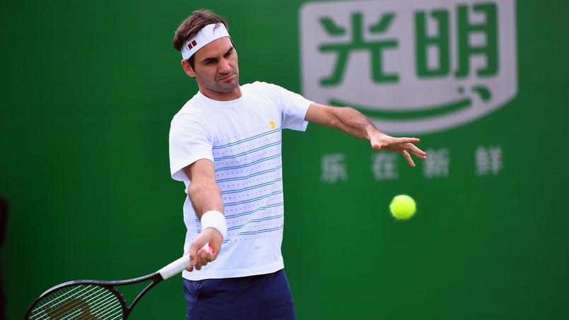 Roger Federer souffre à son retour au jeu à Shanghai