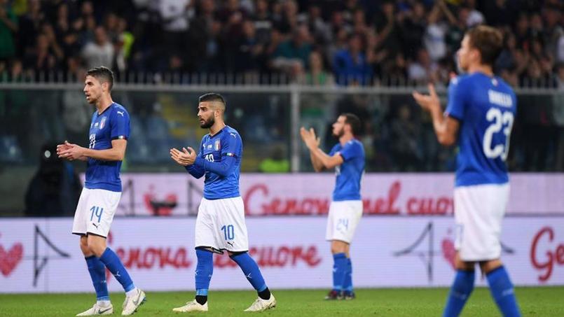 À Gênes, la sélection italienne a rendu hommage aux victimes de la catastrophe
