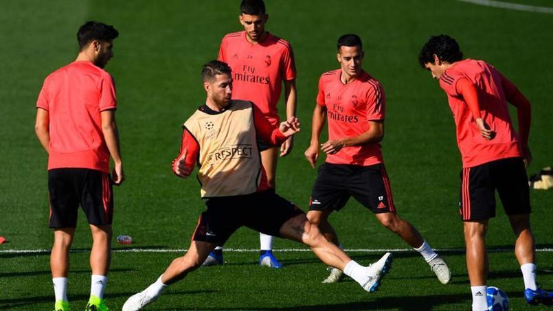 Segio Ramos durant la séance d'entraînement du Real Madrid lundi.