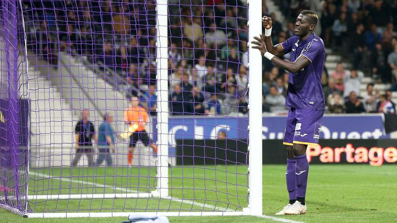 Toulouse perd Sangaré sur blessure…après une glissade dans le vestiaire
