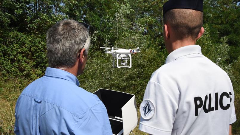 Le maire d'Asnières propose à Castaner d'équiper sa police municipale de drones