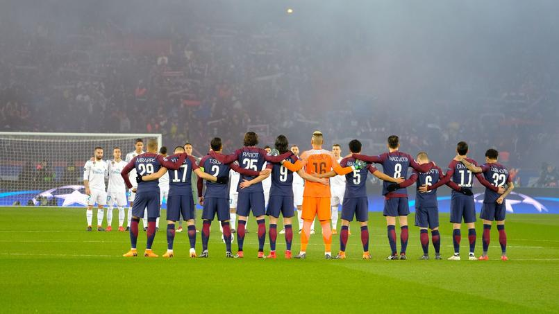 Le football professionnel va se recueuillir en mémoire des victimes de l'attaque de Strasbourg.