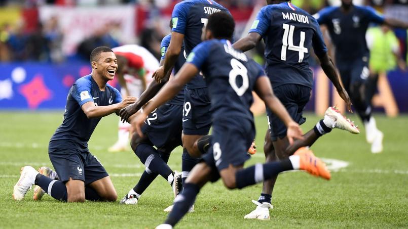 Kylian Mbappé et les Bleus sacrés le 15 juillet face à la Croatie.