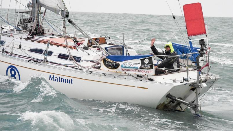 Le bateau de série de Jean-Luc Van den Heede pour faire le tour du monde