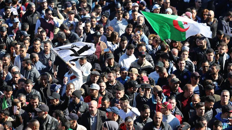 En Algérie, la jeunesse dit non à Bouteflika