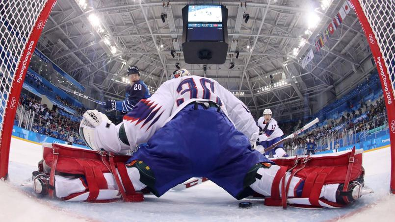 L'équipe canadienne des Rafales au coeur d'une polémique au Canada.