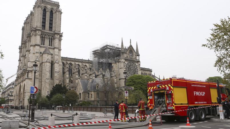Le long travail de reconstruction de Notre-Dame a démarré avec les premières expertises menées ce mardi.