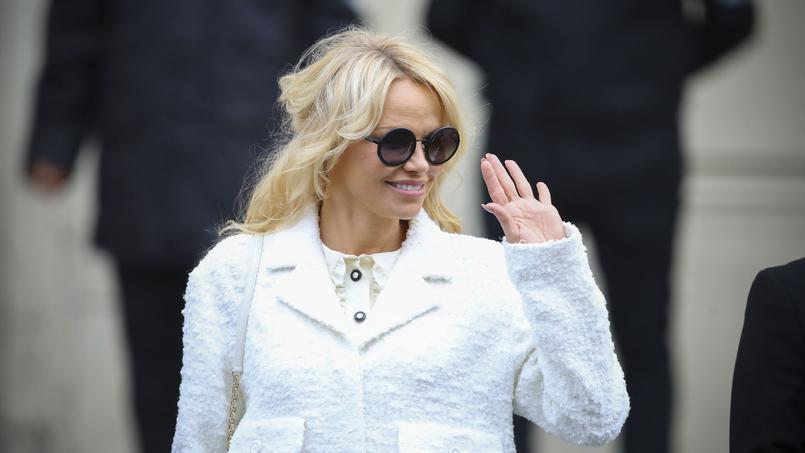 Pamela Anderson a quitté en compagnie d'Adil Rami la soirée de charité organisée par l'OM.