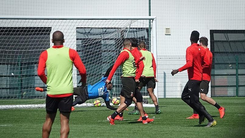 Les joueurs du Stade Rennais ont retrouvé le centre d'entraînement au lendemain d'une visite surprise.