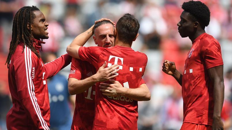 Ribéry en pleurs après l'hommage du public bavarois