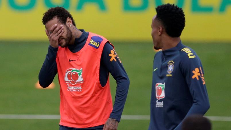 Neymar à l'entraînement avec la sélection brésilienne