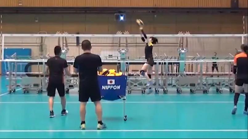L'entraînement de l'équipe japonaise de volley