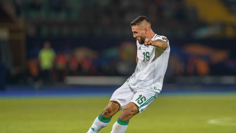 Andy Delort avec le maillot de l'Algérie face à la Tanzanie le 1er juillet.