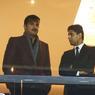 Grande soirée oblige, le cheik Tamim bin Hamad Al Thani (à gauche), patron du PSG, est venu assister à l'affiche face au Real. Dans sa loge, il discute avec Nasser Al-Khelaïfi, président du club parisien.