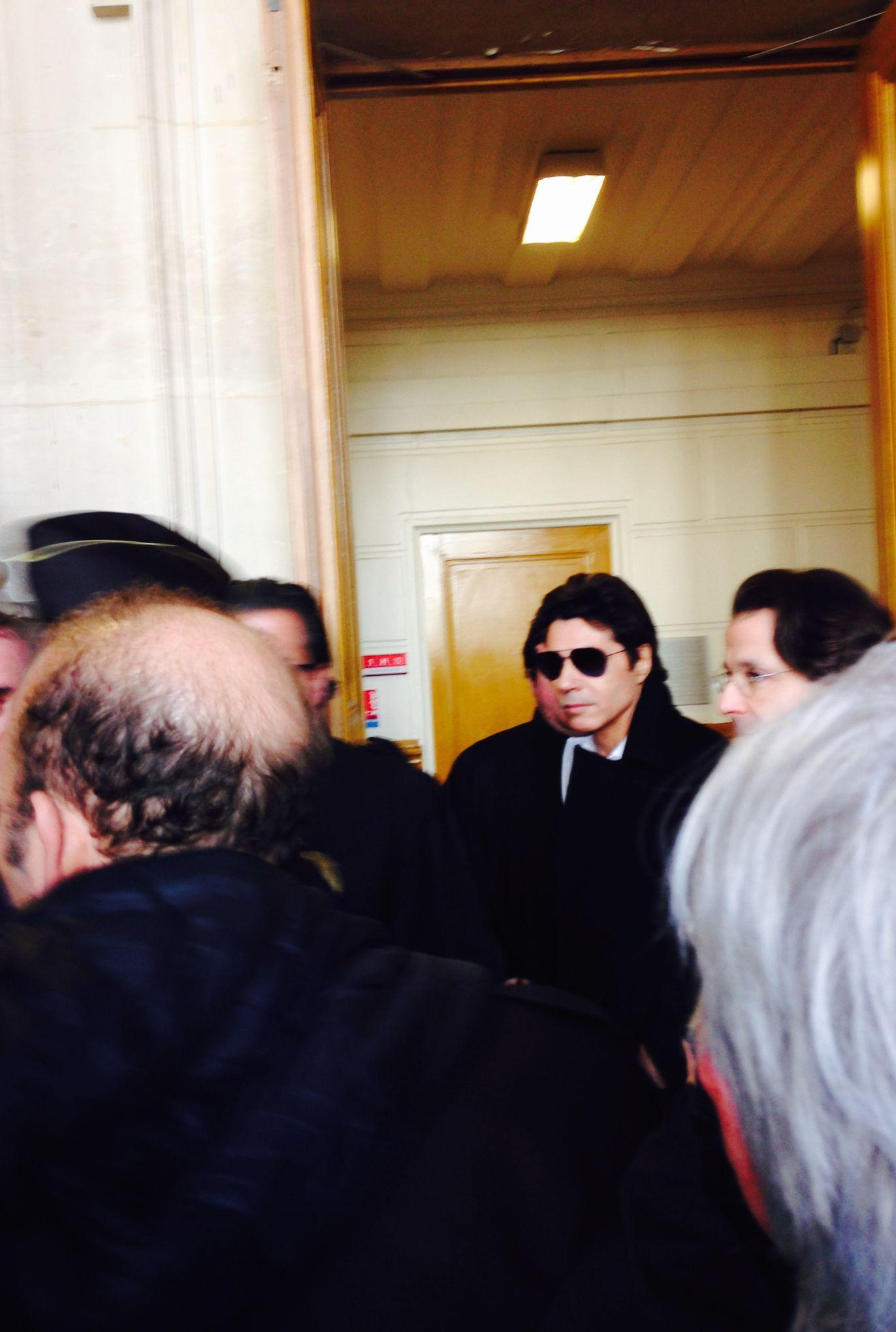 Le procès de Jean-Luc Lahaye se fera à huis clos