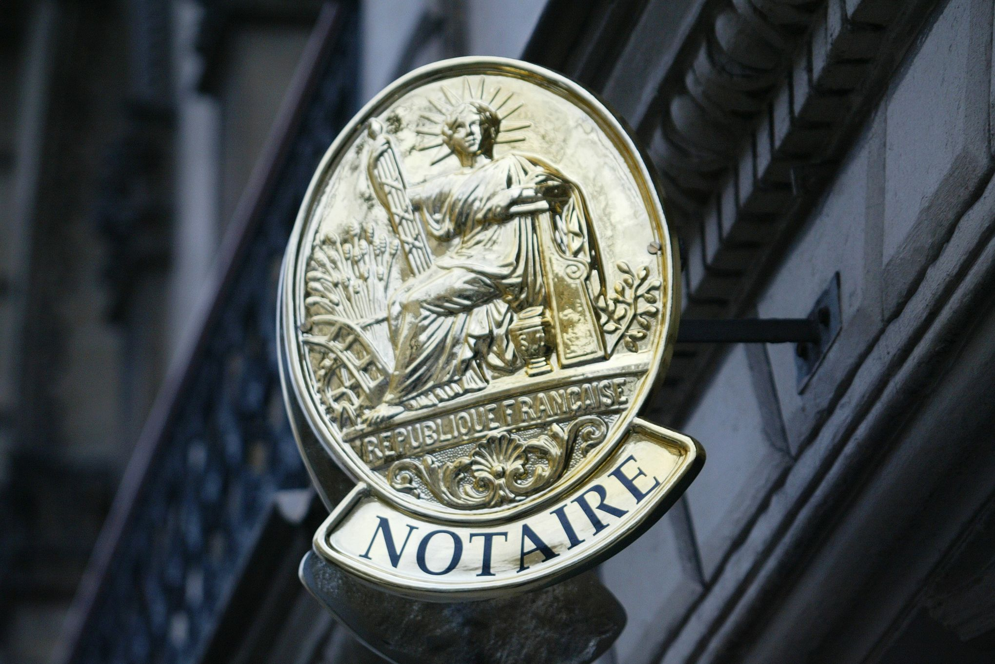 Les Notaires Epingles Pour Avoir Percu Des Interets Au Detriment De