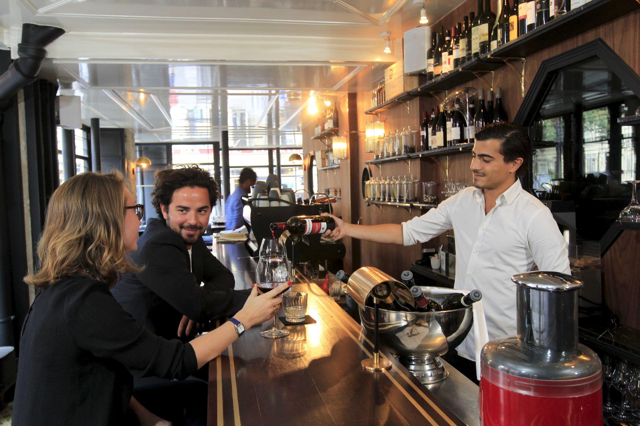 Dix Bars Vins À Nouveaux Paris OZukPiXT